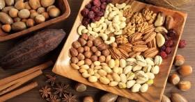 Как можно использовать орехи при геморрое?