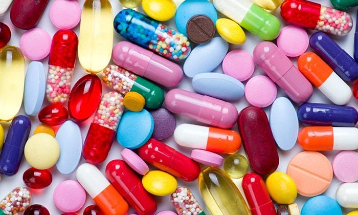 При медикаментозной терапии геморроя используются средства в разных формах выпуска