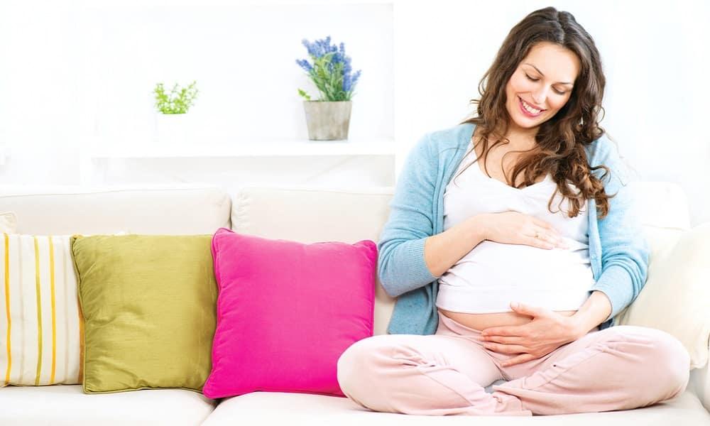 Врачи не рекомендуют золотой ус применять внутрь при беременности