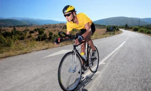 При склонности к геморрою или болезни на ранней стадии некорректная езда на велосипеде может стать причиной обострения, а при сильном напряжении - вызвать анальное кровотечение