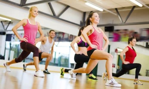 Во время занятия фитнеса усиливается кровоток, исчезают явления застоя