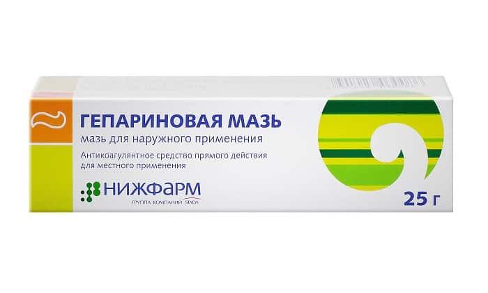 Гепариновая мазь часто используется для лечения послеродового геморроя, т. к. в состав препарата входит гепарин, препятствующий образованию тромбов