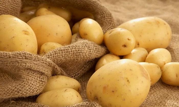В картофеле также содержатся витамины группы В