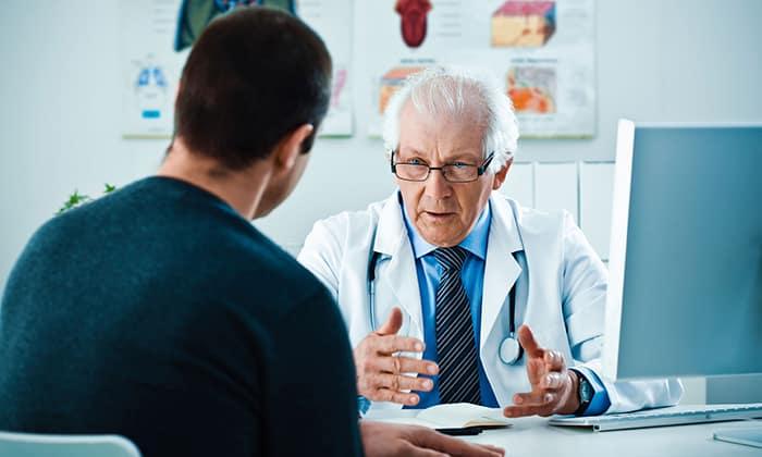 Лечение геморроя в домашних условиях у мужчин должно проходить только под наблюдением врача
