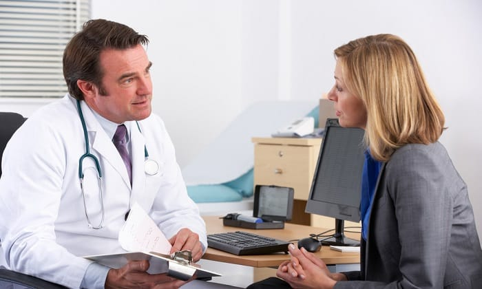Средства народной медицины нельзя применять без консультации врача