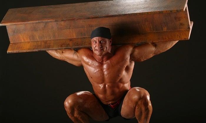 Больным геморроем нужно полностью отказаться от таких видов спорта, как бодибилдинг