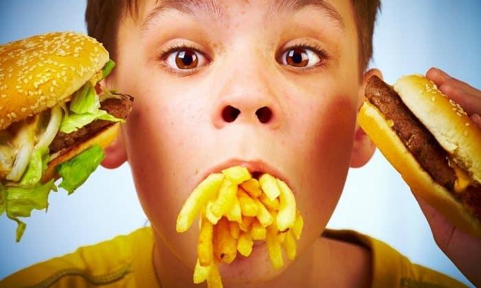При неправильном питание развивается 1 стадия геморроя