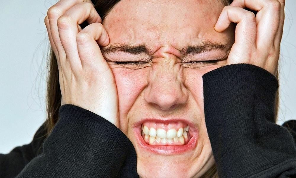 Внутренний прием масла и настоя расторопши противопоказан при психических расстройствах