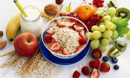 Перед голоданием необходимо подготовиться с помощью диеты и очистить организм