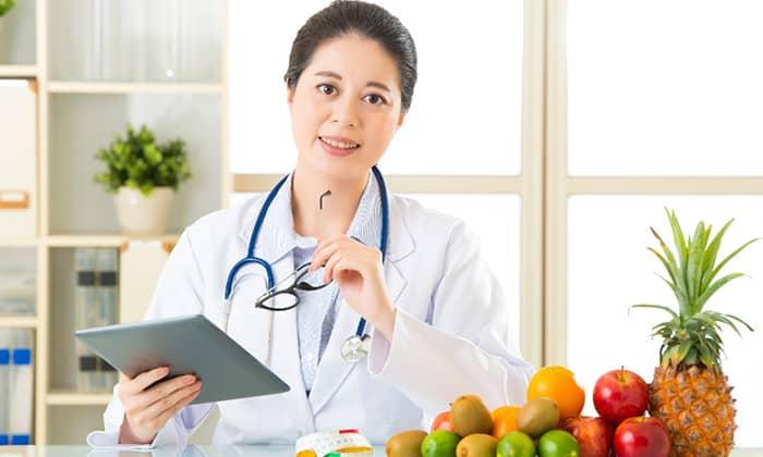 Больным геморроем рекомендуется составлять меню совместно с врачом, учитывая индивидуальные особенности организма
