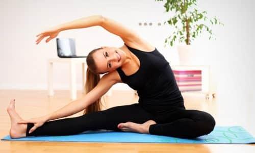 Заниматься нужно ежедневно. Упражнения занимают 15-20 минут, их можно выполнять дома